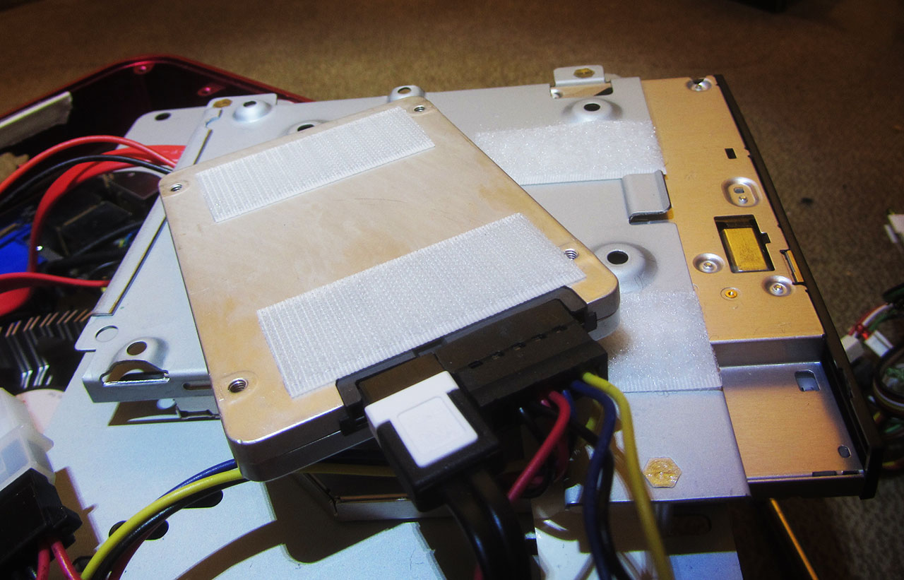 Intel 330 120GB SSD velcro tape 1280