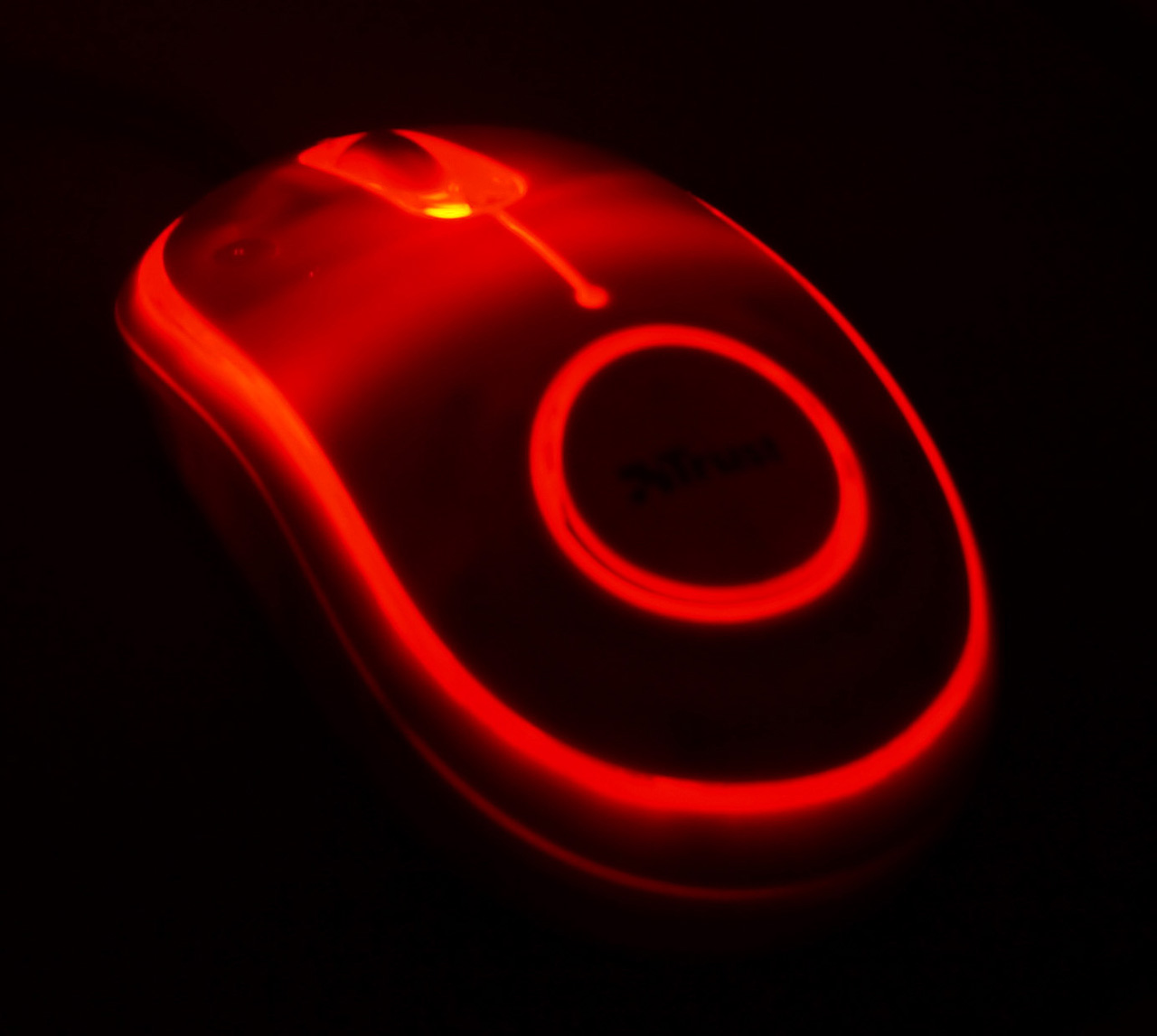PC Mouse glows in the dark